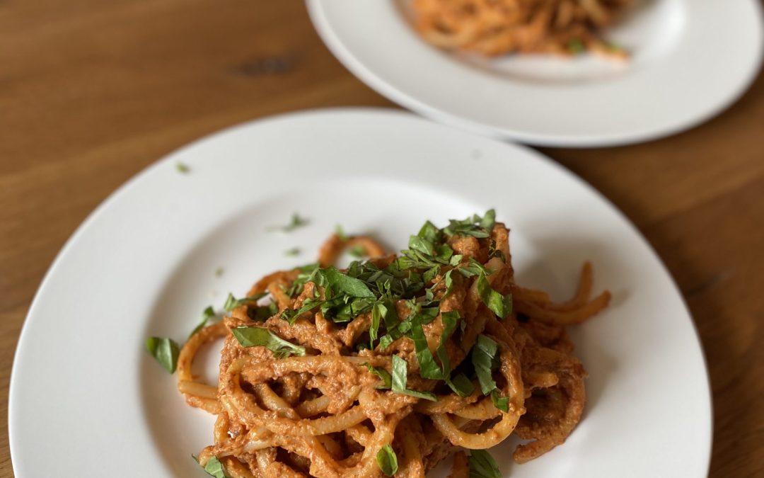 Nudeln mit Tomaten Pesto