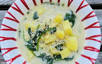 Kartoffel-Spinat Curry mit Mung Dhal